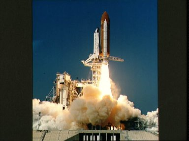 STS-29 Discovery, Orbiter Vehicle (OV) 103, lifts off from KSC LC Pad 39B