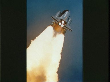 STS-37 Atlantis, Orbiter Vehicle (OV) 104, liftoff from KSC LC Pad