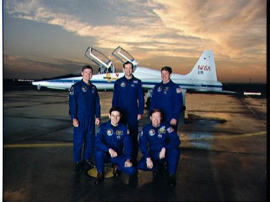 STS-41 Offical crew portrait taken in front of a T-38A at Ellington Field