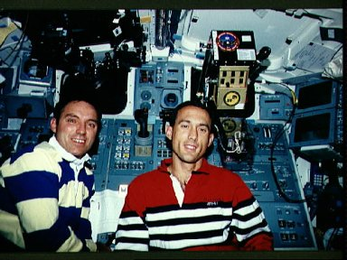 Astronauts Walz and Newman in STS-51 Discovery's aft flight deck