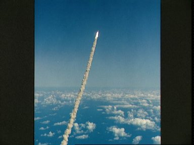 STS-52 Columbia, OV-102, soars into the sky after liftoff from KSC LC Pad 39B