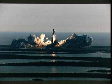 STS-53 Discovery, Orbiter Vehicle (OV) 103, lifts off from KSC LC Pad 39A