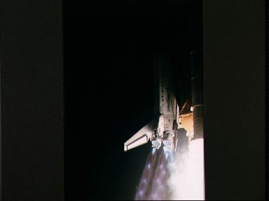 STS-56 Discovery, OV-103, rises into darkness after KSC liftoff