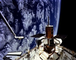 STS-41C Onboard View: Solar Maximum Mission Satellite (SMMS)