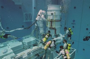 Neutral Buoyancy Simulator - International Space Station power module tests