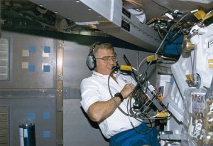 Charles Brady in Life and Microgravity Spacelab (LMS) Onboard STS-78