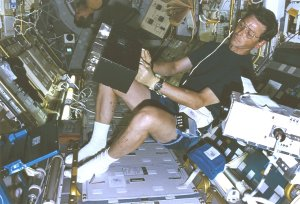 Thirsk Onboard STS-78 Life and Microgravity Spacelab (LMS)
