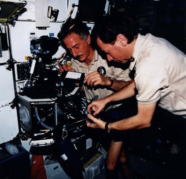 STS-75 Onboard View