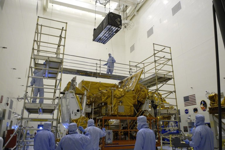 Hubble Payload Prepared for Mission