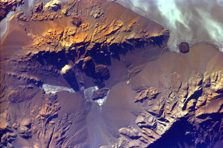 Aracar Volcano, Andes Mountains