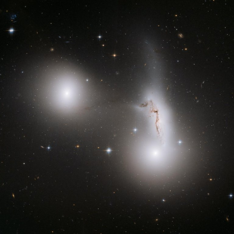 Trio of Galaxies Mix It Up