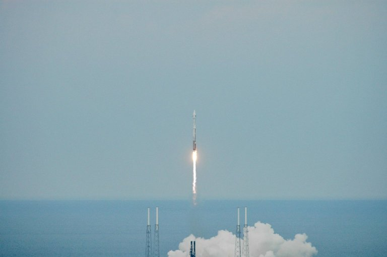 Two Spacecraft Head to the Moon