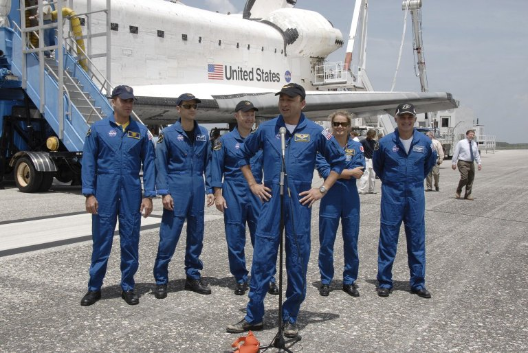STS-127 Crew Back on Earth