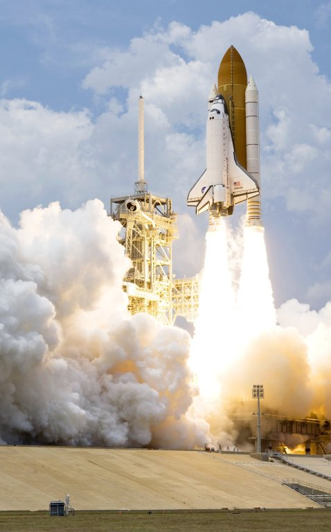 Launch of Space Shuttle Atlantis / STS-125 Mission