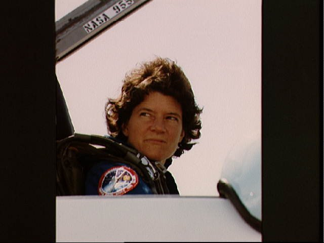 Astronaut Sally K. Ride prepares to leave for KSC