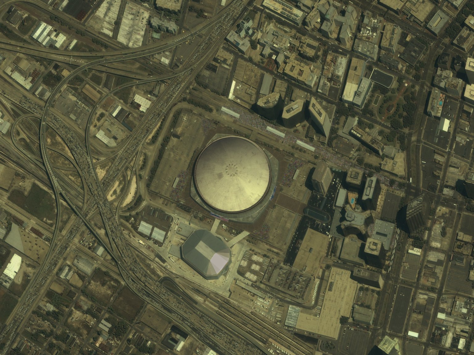 Great Zoom out of New Orleans, LA: The Louisiana Superdome