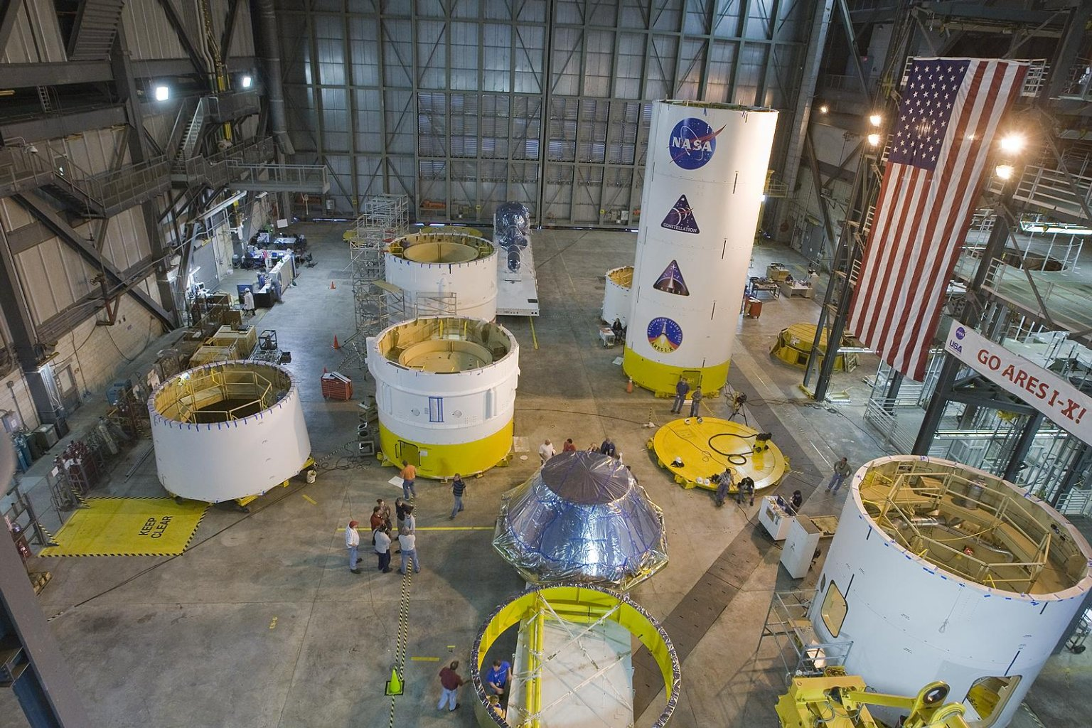 Crew Module, Launch Abort System Simulators Delivered to KSC