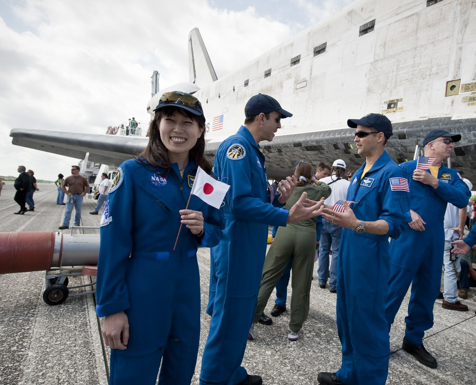 Discovery STS-131 Mission Landing