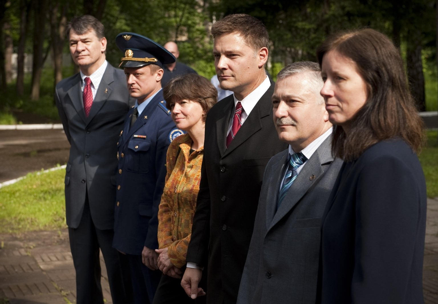 Expedition 24 Crew Departs Star City