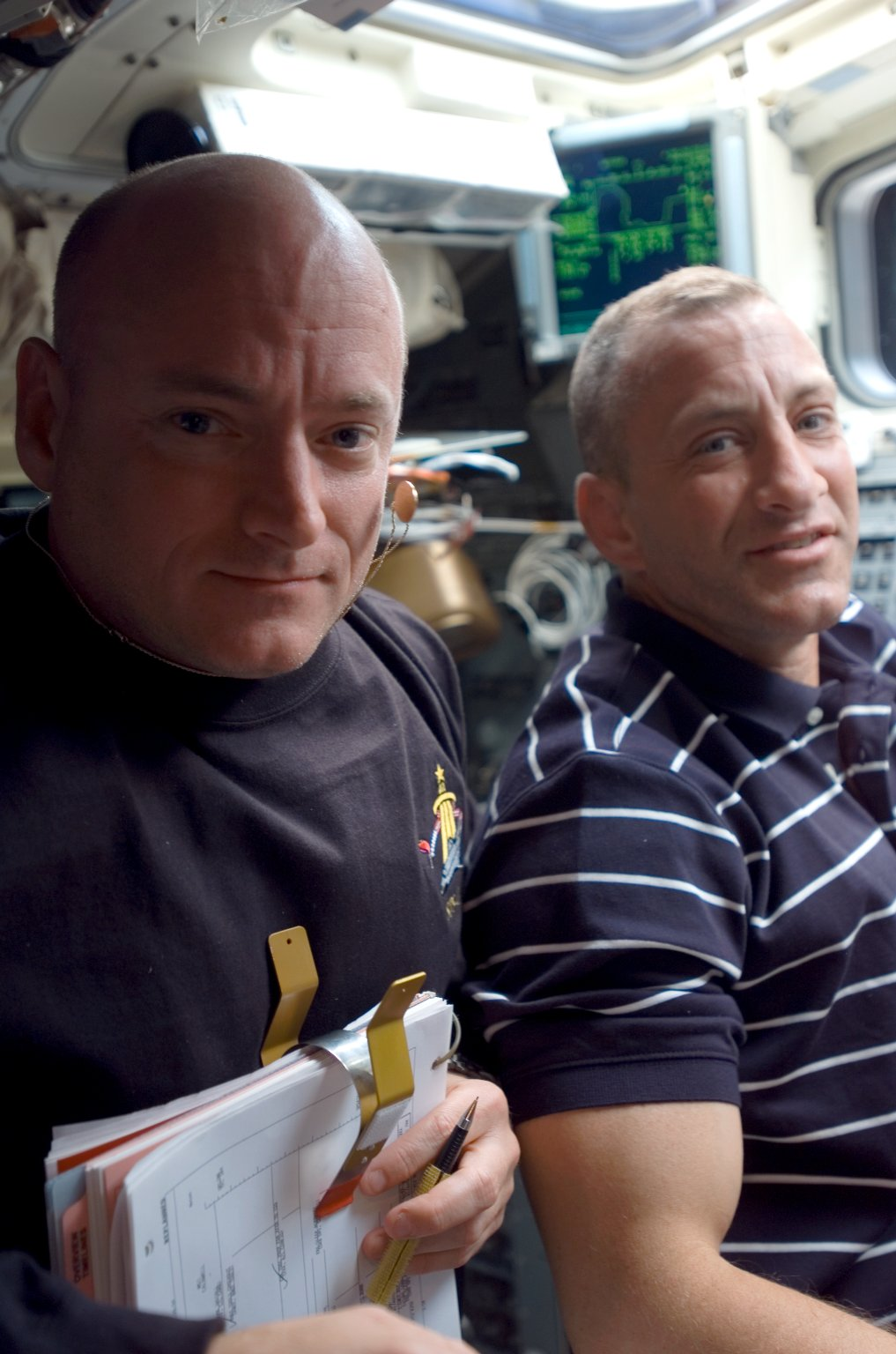 View of Hobaugh and Kelly posing for a photo on the FD during STS-118