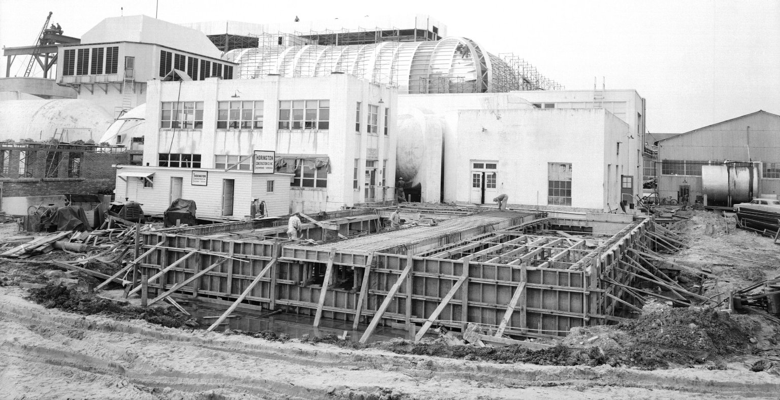 Construction of the 8-Foot Transonic Pressure Tunnel (TPT)