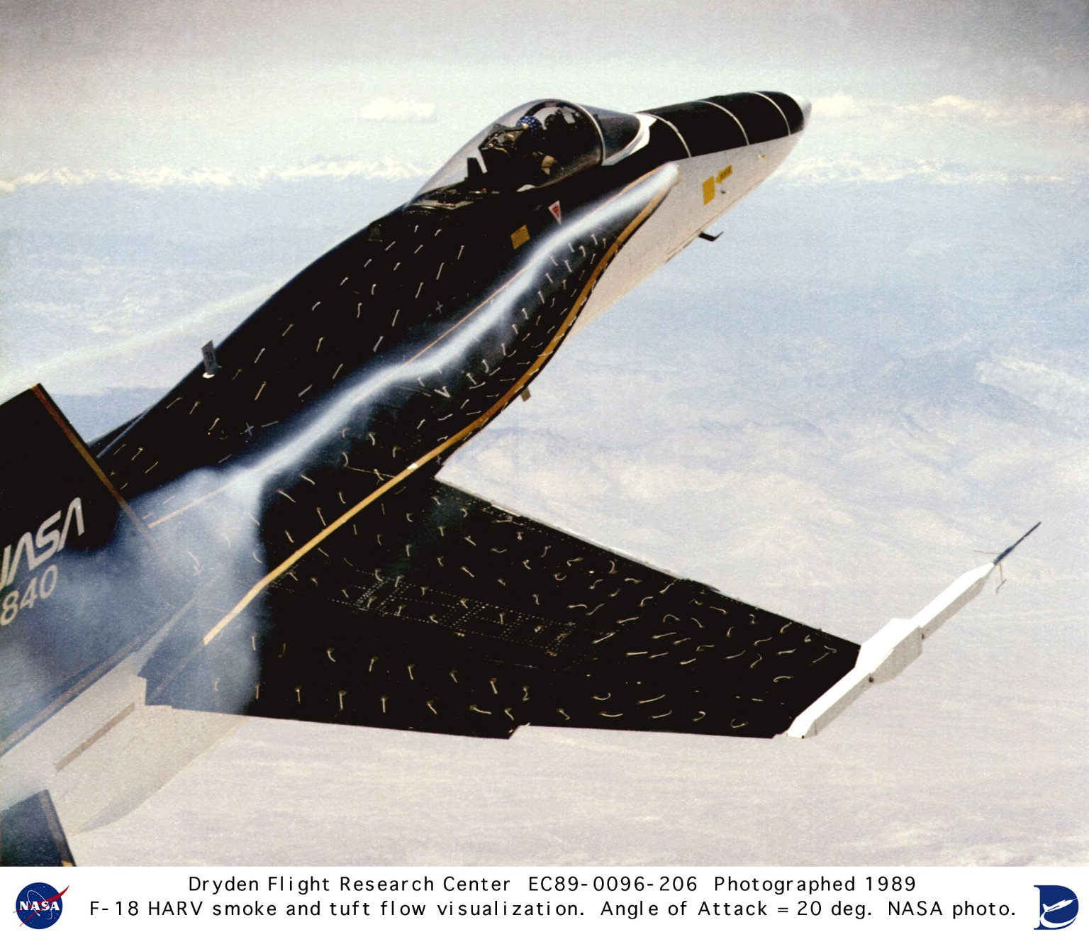 F-18 HARV smoke and tuft flow visualization at 20 degree angle of attack