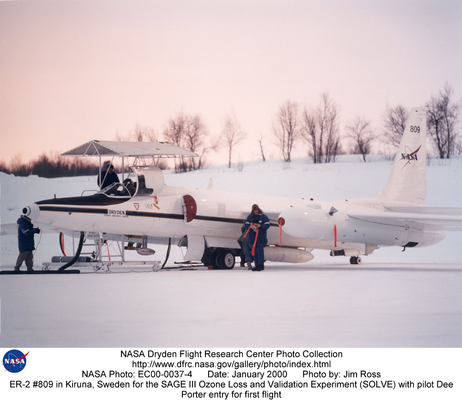 ER-2 #809 in Kiruna, Sweden for the SAGE III Ozone Loss and Validation Experiment (SOLVE) with pilot