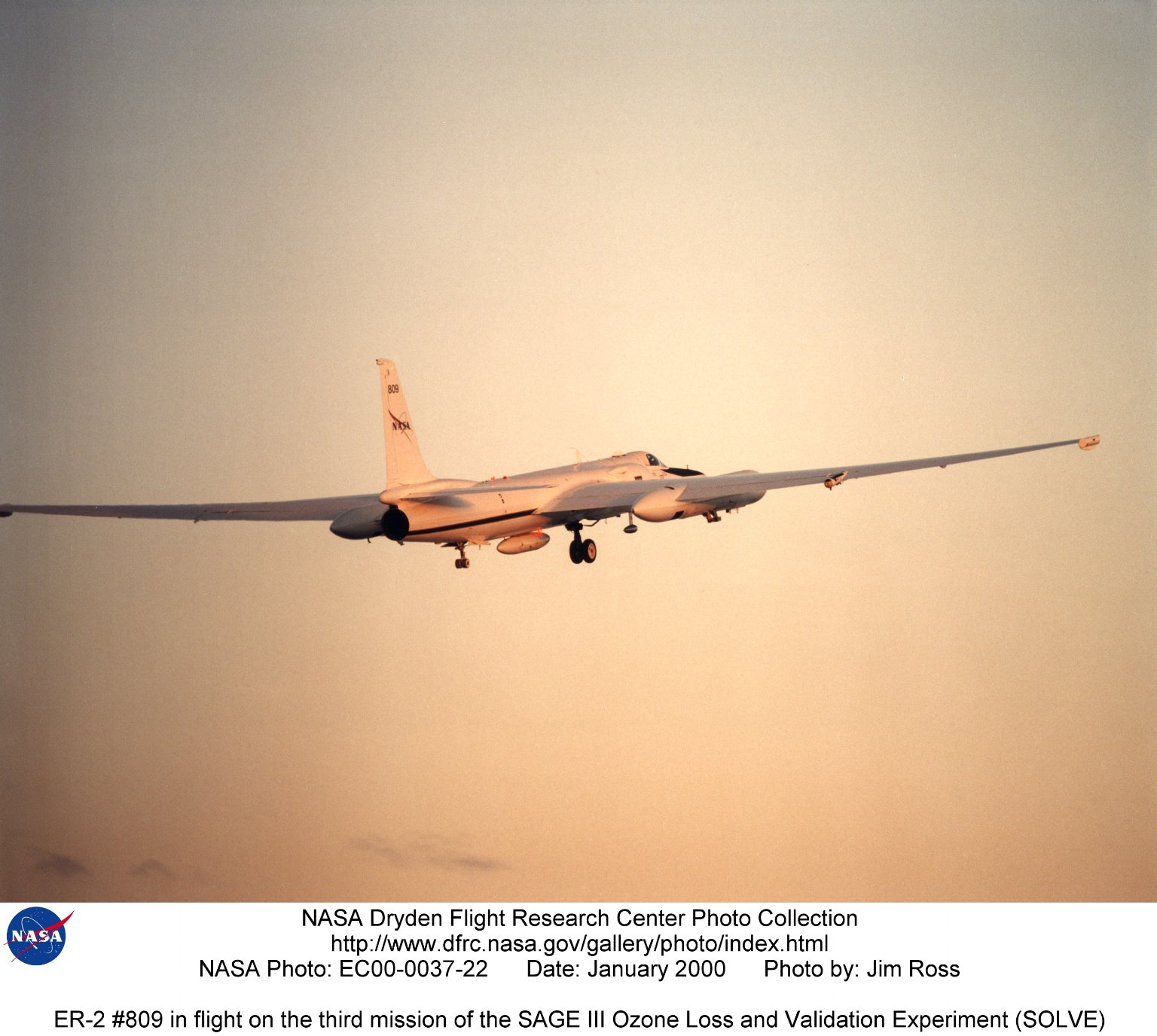 ER-2 #809 in flight on the third mission of the SAGE III Ozone Loss and Validation Experiment (SOLVE