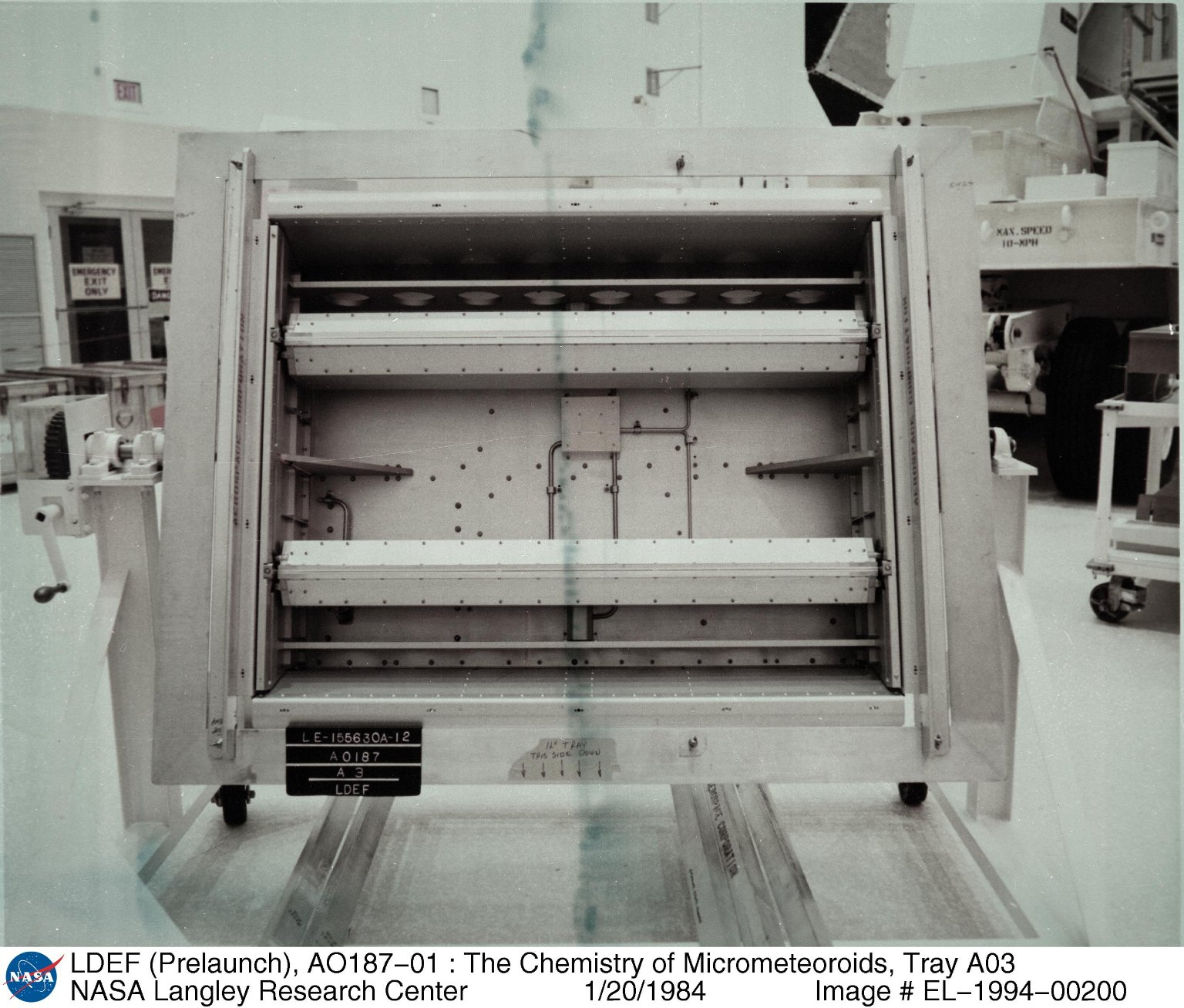 LDEF (Prelaunch), AO187-01 : The Chemistry of Micrometeoroids, Tray A03