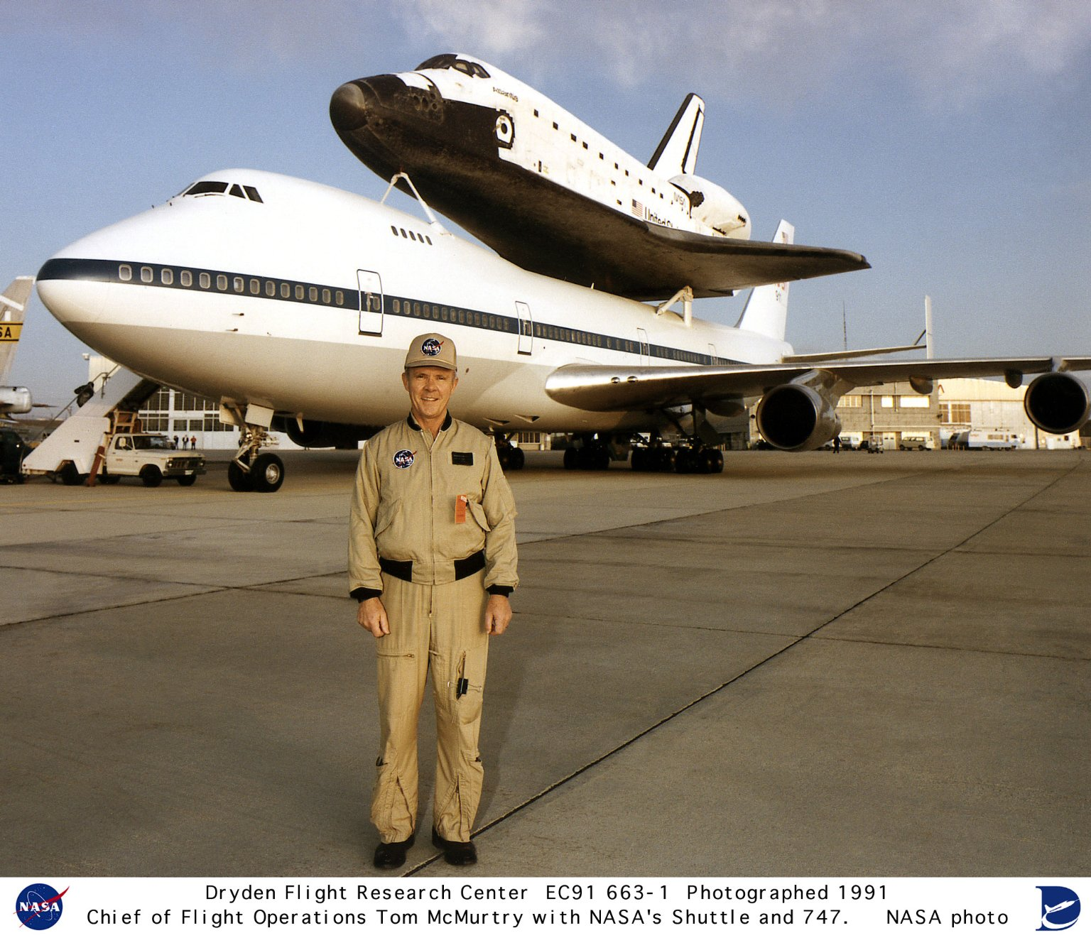 Tom McMurtry - chief of Dryden Flight Operations with STS mated to 747 SCA