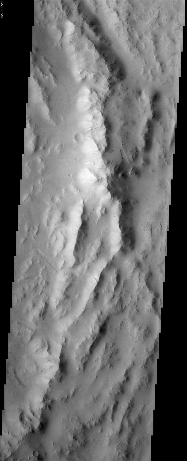 Reuyl Crater Dust Avalanches