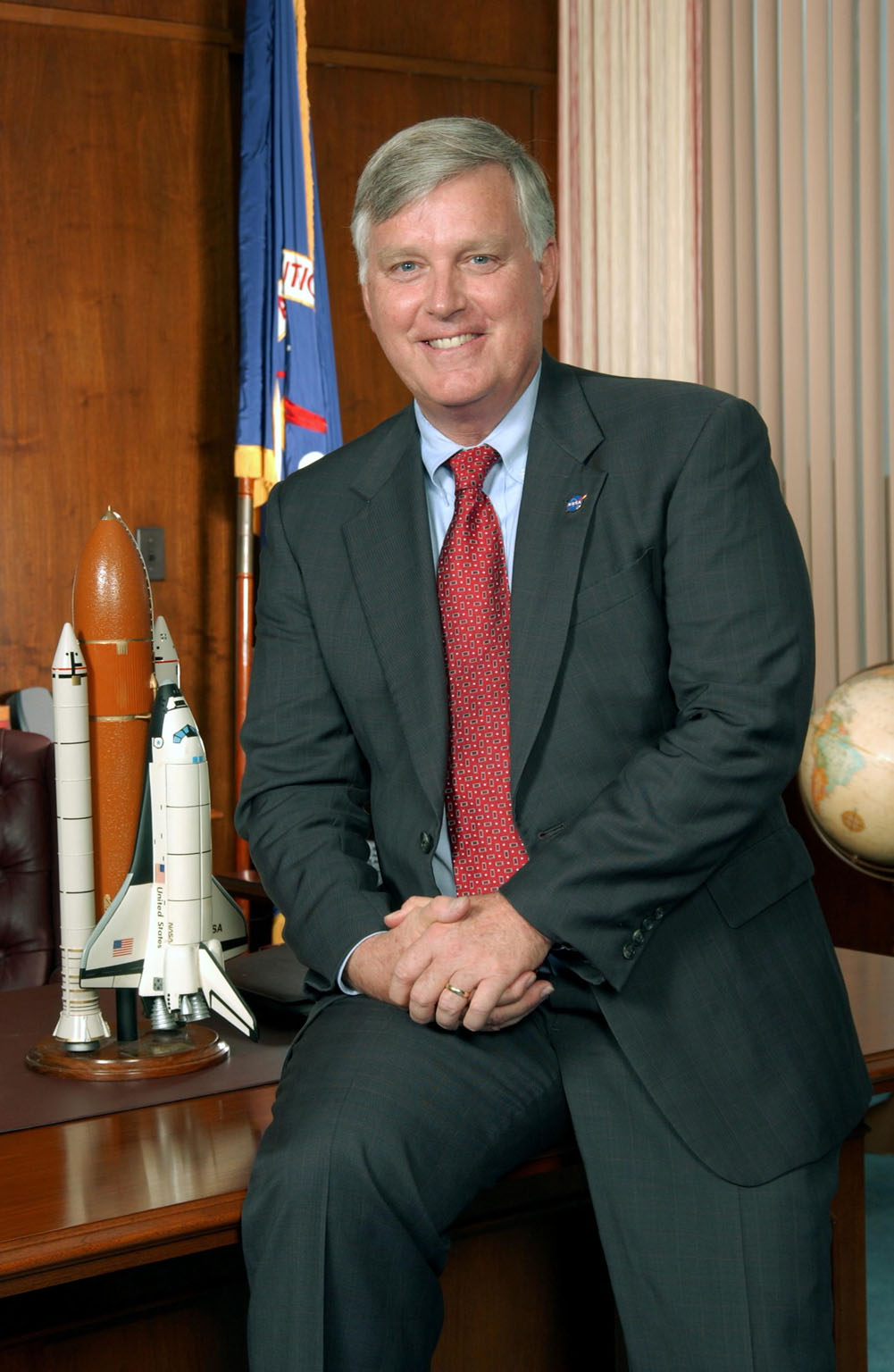 KENNEDY SPACE CENTER, FLA. - Portrait of James W. Kennedy, the director of the NASA Kennedy Space Center (KSC) in Florida from August 2003 to January 2007. Photo credit: NASA/Kim Shiflett