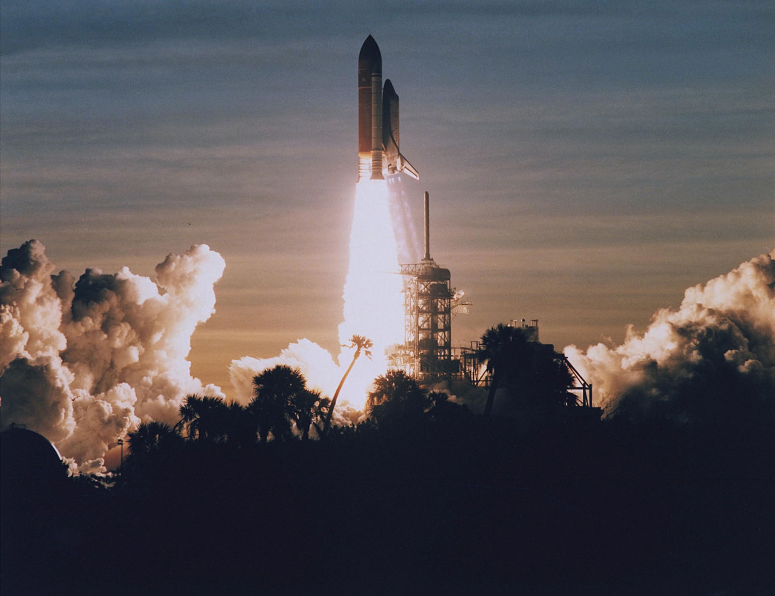 KENNEDY SPACE CENTER, FLA. -- STS-60: Discovery