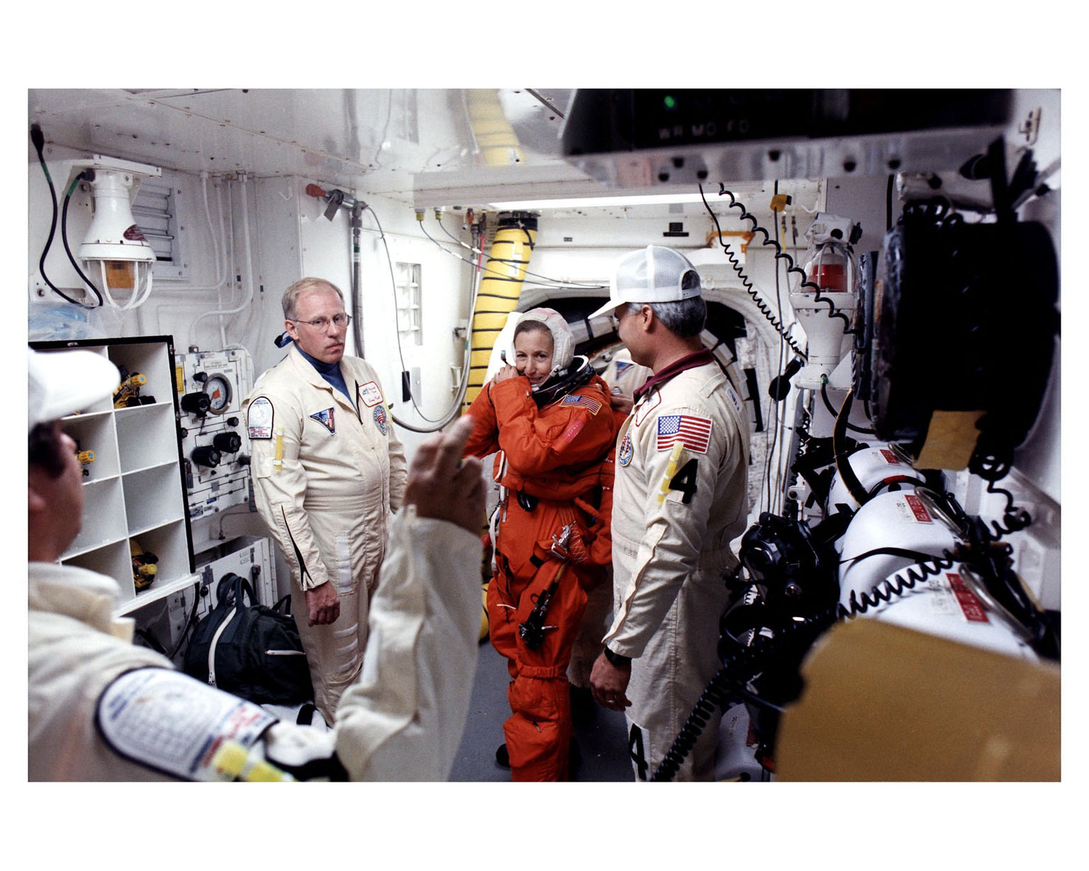 STS-81 crew in the White Room at LC 39