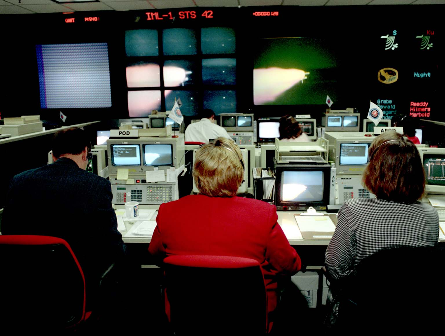 Payload Operations Director (POD) Views STS-42 Launch